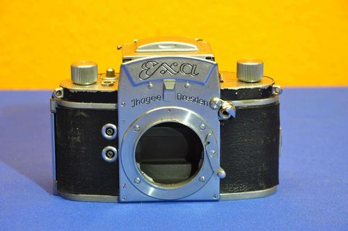 Ihagee Dresden Exa SLR reflex camera from 1956