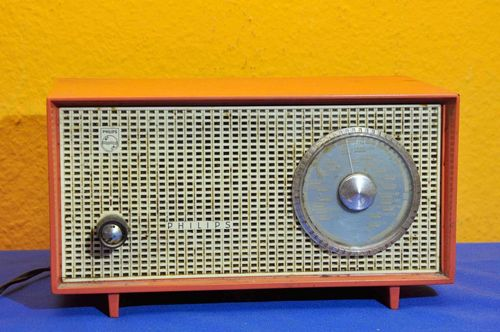 Röhrenradio Philips Type DOX15U / 22W orange runde Skala