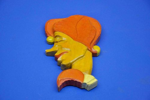 Wood head Till Eulenspiegel wall decoration hand carved