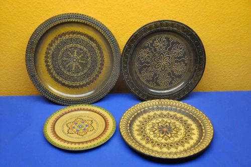 4 wooden plates wall plates ornamental plates