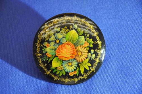 Lacquer brooch hand-painted in USSR 1960s