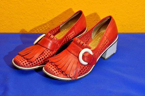 Frassinelli Rockabilly Damenpumps Gr. 40 in Rot