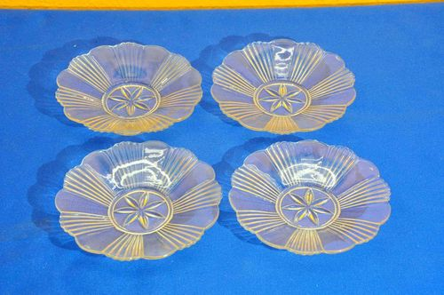 40s pressed glass bowl flower shape 4 pieces