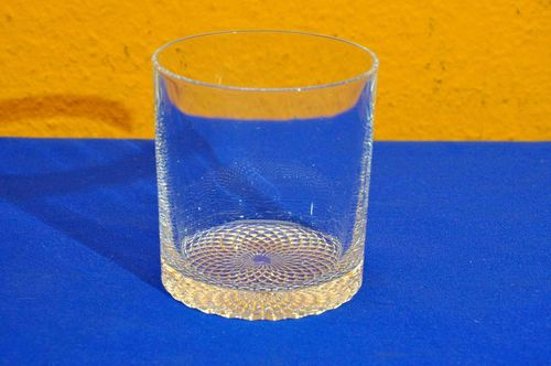 Whisky Tumbler water glass with Diamonds floor