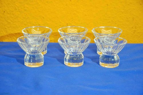 Art Deco Shot glasses Liqueur bowls with Facets