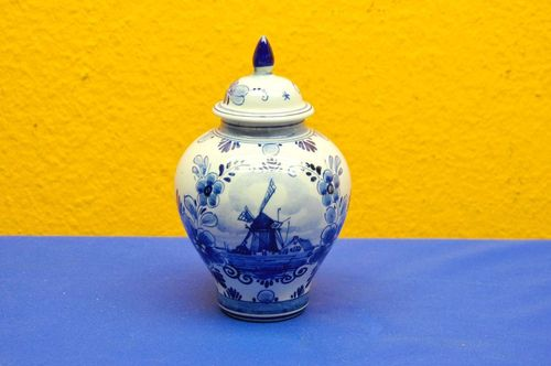 Small blue and white lidded vase from Delft Holland