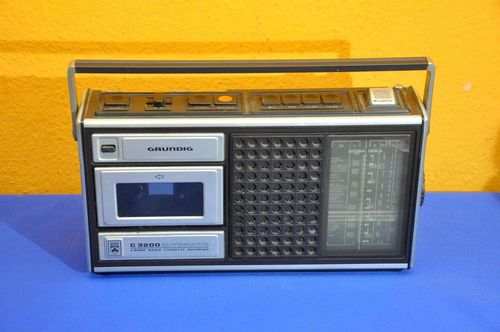 Grundig C 3200 Automatic 3 Band Radio Cassette Recorder