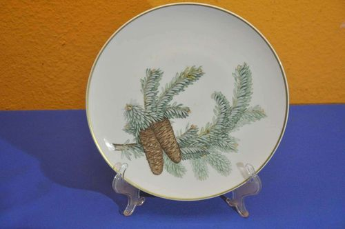 KPM Forest in Need Wall Plate Spruce