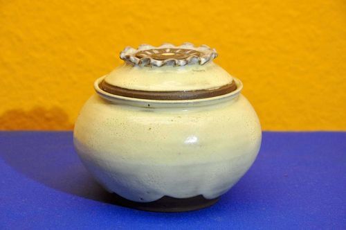 Studio ceramic sugar bowl with sun knob